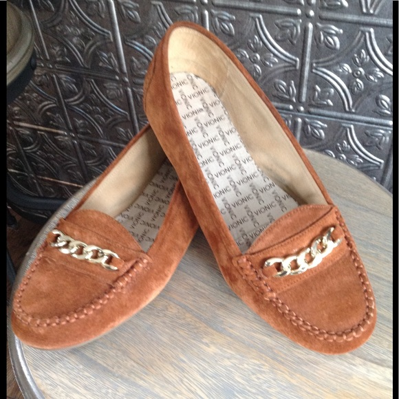 816bc571dab VIONIC Mesa chain top brown suede loafers used. M 5bedbab04cdc300826096495
